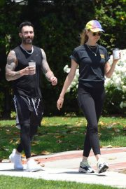 Behati Prinsloo and Adam Levine Out and About in Los Angeles 2018/05/27 7