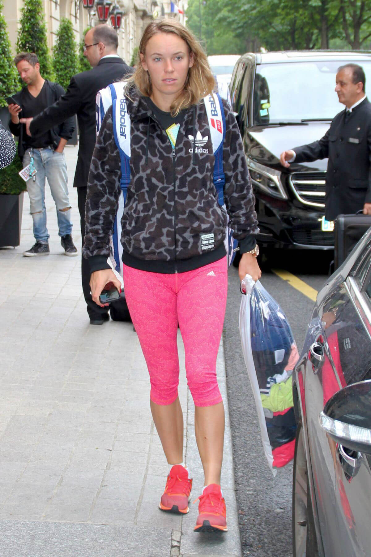 Caroline Wozniacki Leaves Her Hotel in Paris 2018/05/29 6