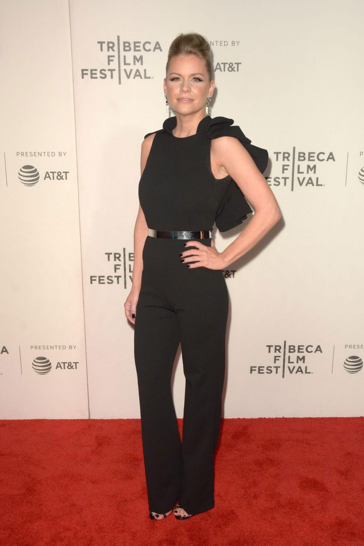 Carrie Keagan Stills at Woman Walks Ahead Premiere at Tribeca Film Festival 2018/04/25 3