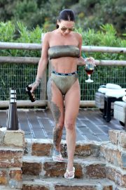 Chantelle Connelly Stills  in Bikini on Holiday in Marbella 2018/05/15 8