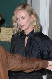Charlize Theron Stills Out and About in New York 2018/05/02 10