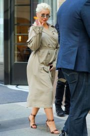 Christina Aguilera Stills Out and About in New York 2018/05/01 7