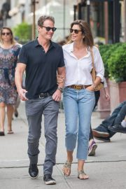 Cindy Crawford and Rande Gerber Stills Out in New York 2018/05/05 7