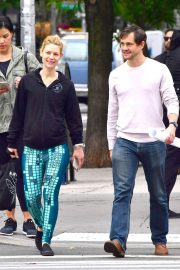 Claire Danes and Hugh Dancy Stills Out in New York 2018/05/16 1
