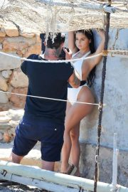 Demi Rose in Swimsuit on the Set of a Photoshoot in Ibiza 2018/05/25 1