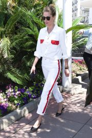 Doutzen Kroes Stills Out and About in Cannes 2018/05/15 4
