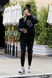 Eiza Gonzalez Stills Out for Lunch in Los Angeles 2018/05/23 2