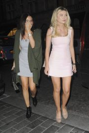 Emily Blackwell and Georgia Toffolo Stills Night Out in London 2018/05/22 13