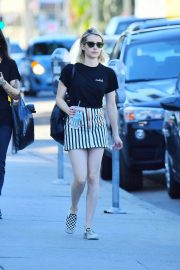 Emma Roberts Stills Out on Melrose Avenue in Los Angeles 2018/05/10 2
