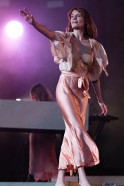 Florence Welch Performs at BBC Biggest Weekend Festival in Swansea 2018/05/27 1