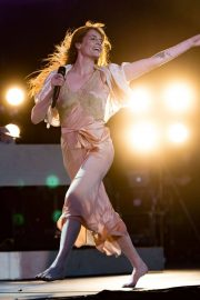 Florence Welch Performs at BBC Biggest Weekend Festival in Swansea 2018/05/27 6