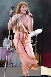 Florence Welch Performs at BBC Biggest Weekend Festival in Swansea 2018/05/27 10