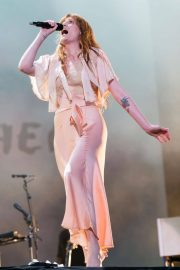 Florence Welch Performs at BBC Biggest Weekend Festival in Swansea 2018/05/27 11