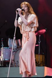 Florence Welch Performs at BBC Biggest Weekend Festival in Swansea 2018/05/27 12