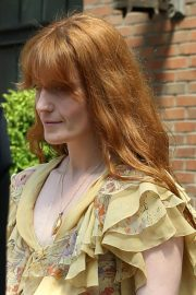 Florence Welch Stills Leaves Her Hotel in New York 2018/05/15 4