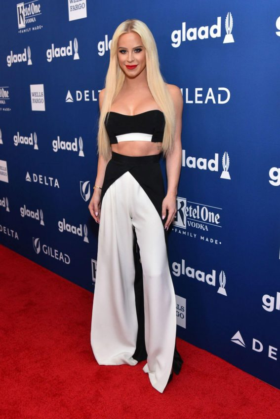 Gigi Gorgeous Stills at 2018 Glaad Media Awards in New York 2018/05/05 9