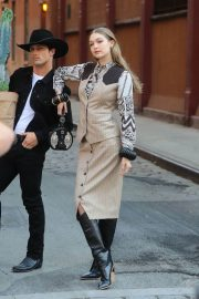 Gigi Hadid on the Set of a Photoshoot in New York 2018/05/30 13