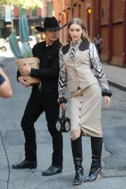 Gigi Hadid on the Set of a Photoshoot in New York 2018/05/30 14