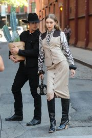 Gigi Hadid on the Set of a Photoshoot in New York 2018/05/30 15