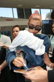 Hailey Baldwin Stills at Out and About in Nice Airport 2018/05/10 6