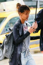 Halle Berry Out and About in New York 2018/05/27 2