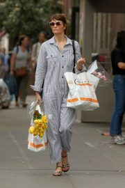 Helena Christensen Stills Out Shopping in New York 2018/05/09 3