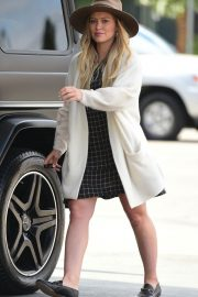 Hilary Duff Out in Los Angeles 2018/05/25 2