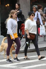 Hilary Duff Stills Out with Her Dog in New York 2018/05/18 2