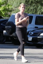 Ireland Baldwin Stills Out and About in Los Angeles 2018/05/15 7