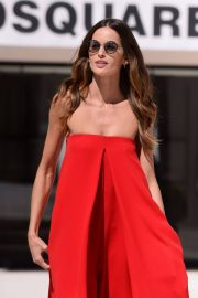 Izabel Goulart Stills Out and About in Cannes 2018/05/14 26
