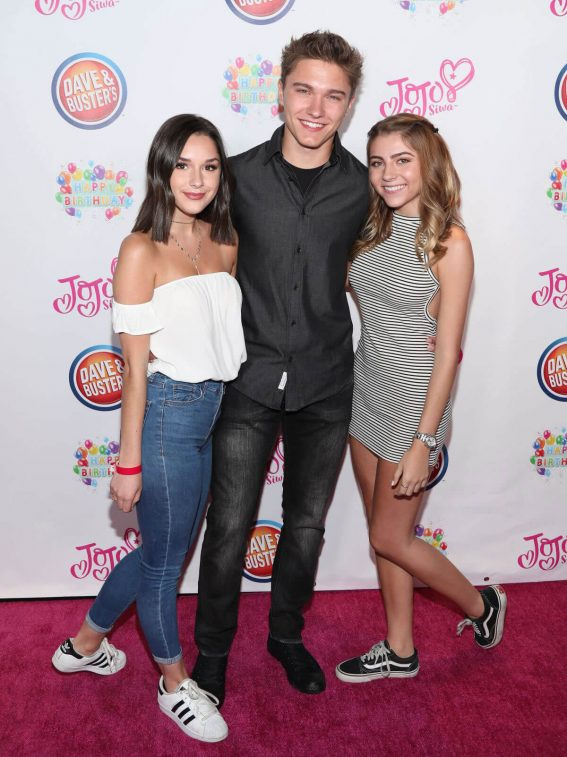 Jada Facer Stills at Jojo Siwa's 15th Birthday Party in Hollywood 2018/05/15 1
