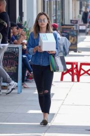 Jamie Chung Stills Out Shopping in Los Angeles 2018/05/19 8