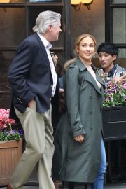 Jennifer Lopez and Treat Williams Stills on the Set of Second Act in New York 2018/05/06 8