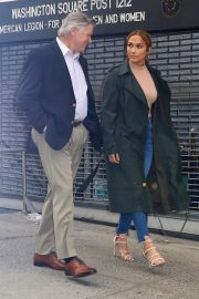 Jennifer Lopez and Treat Williams Stills on the Set of Second Act in New York 2018/05/06 11