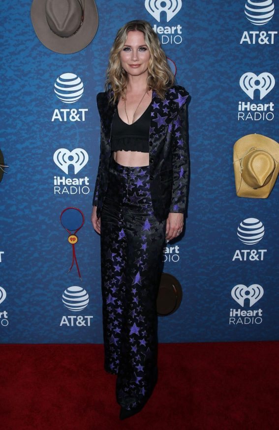 Jennifer Nettles Stills at 2018 Iheartcountry Festival in Austin 2018/05/05 2