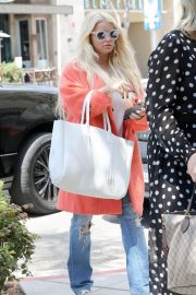 Jessica Simpson Out for Lunch in Beverly Hills 2018/05/25 1