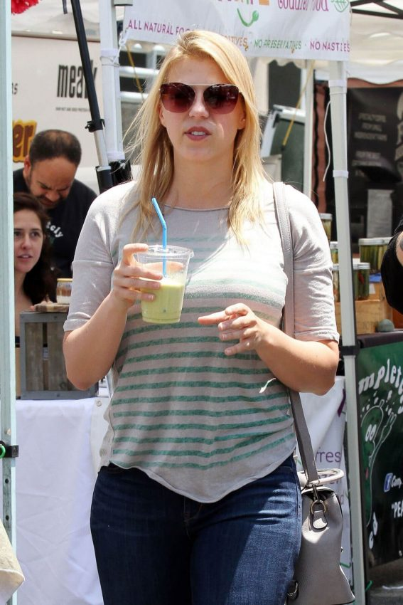Jodie Sweetin at Farmer's Market in Studio City 2018/05/27 9