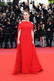 Julianne Moore Stills at Everybody Knows Premiere and Opening Ceremony at 2018 Cannes Film Festival 2018/05/08 1