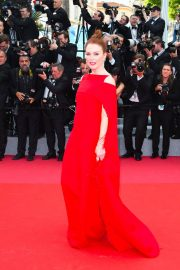 Julianne Moore Stills at Everybody Knows Premiere and Opening Ceremony at 2018 Cannes Film Festival 2018/05/08 9