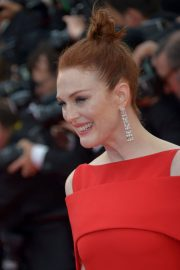 Julianne Moore Stills at Everybody Knows Premiere and Opening Ceremony at 2018 Cannes Film Festival 2018/05/08 10