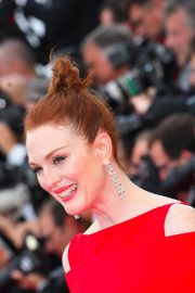 Julianne Moore Stills at Everybody Knows Premiere and Opening Ceremony at 2018 Cannes Film Festival 2018/05/08 11