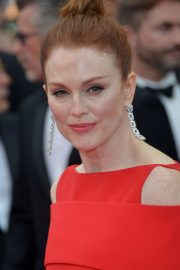 Julianne Moore Stills at Everybody Knows Premiere and Opening Ceremony at 2018 Cannes Film Festival 2018/05/08 16