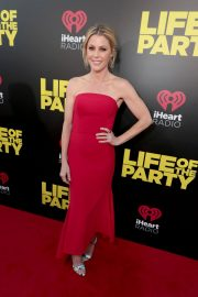 Julie Bowen Stills at Life of the Party Premiere in Auburn 2018/04/30 1