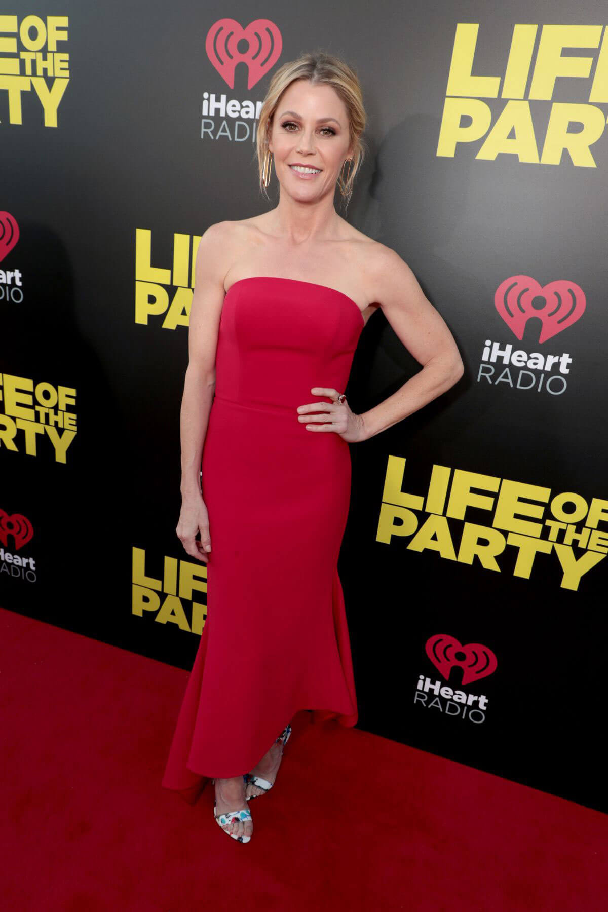 Julie Bowen Stills at Life of the Party Premiere in Auburn 2018/04/30 5