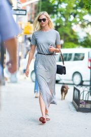 Karlie Kloss Out and About in New York 2018/05/25 2
