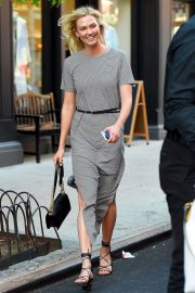 Karlie Kloss Out and About in New York 2018/05/25 7