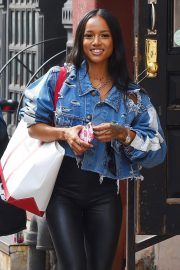 Karrueche Tran Stills Out and About in New York 2018/05/17 3