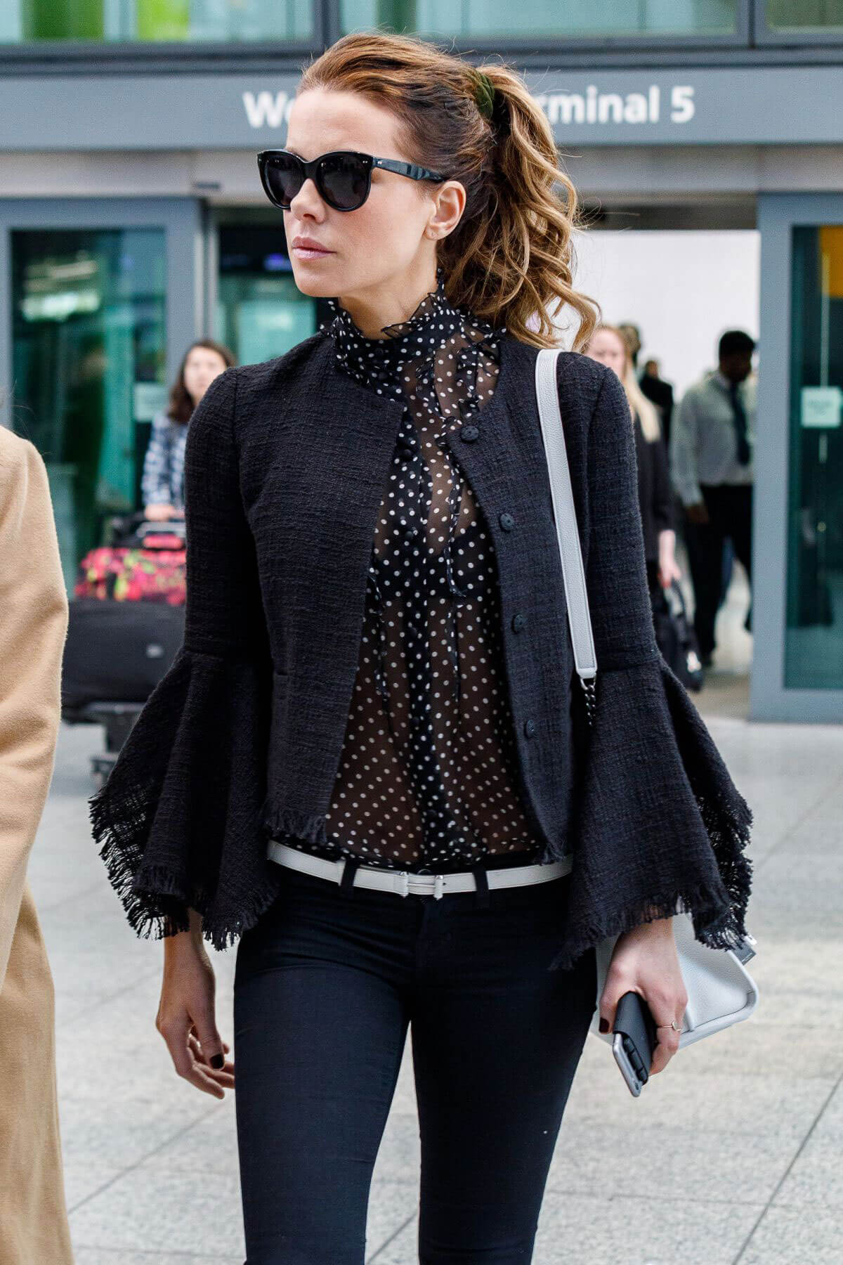 Kate Beckinsale Stills at Heathrow Airport in London 2018/05/14 4
