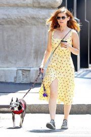Kate Mara Stills Out with Her Dog in New York 2018/05/15 1