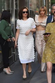 Katharine McPhee and Tina Fey Out in New York 2018/05/24 2
